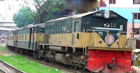নোয়াখালী-ঢাকা উপকুল এক্সপ্রেস ট্রেনে যত ভোগান্তি
