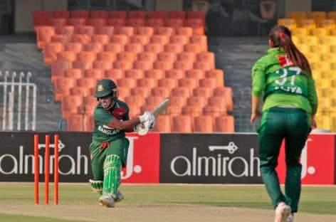 পাকিস্তানের কাছে হোয়াইটওয়াশ বাংলাদেশ নারী ক্রিকেট দল