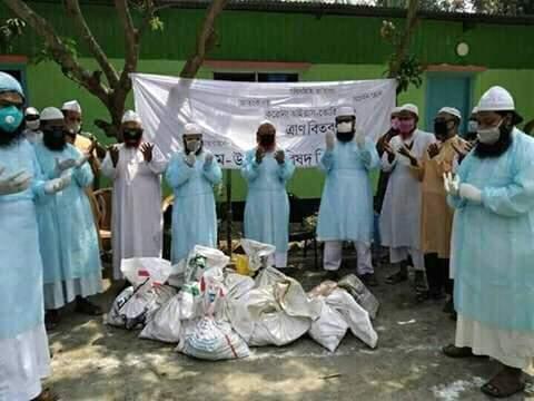 ইমাম-ওলামা পরিষদ কিশোরগঞ্জ জেলা'র ত্রাণ বিতরন