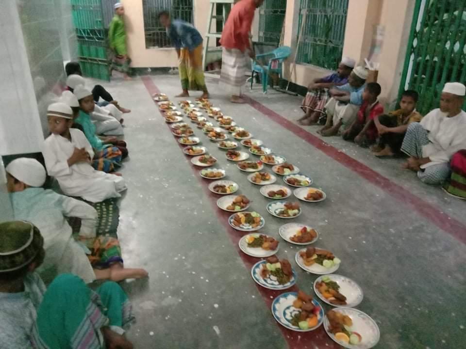ইশা ছাত্র আন্দোলন রোয়াইল শাখার ইফতার আয়োজন