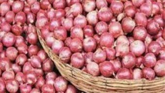 চট্টগ্রামে পেঁয়াজের মূল্যবৃদ্ধি: ১দিনের ব্যবধানে ৪০ থেকে ৮০